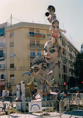 Monumento Falla Mayor 1998 - Lema: Satira Valenciana - Autor: Carles Tornador Musoles
