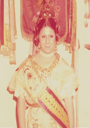 MERCEDES GARCIA TRUJILLO - Fallera Mayor 1975