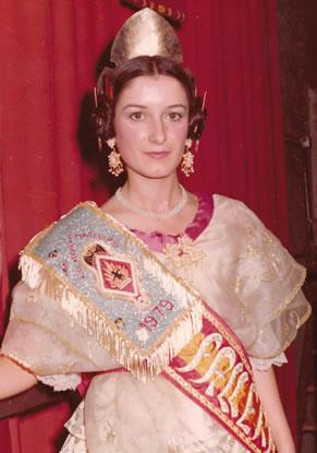 PILAR GARCIA MONTESINOS - Fallera Mayor 1979