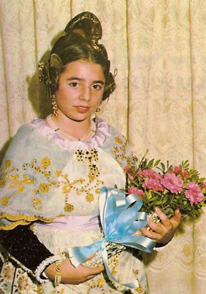 IRENE PEREZ OLIVAR - Fallera Mayor Infantil 1982