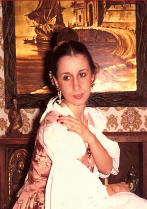 ALICIA GUTIERREZ ALMAZAN - Fallera Mayor 1984